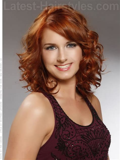 natural curley above shoulder length hair syles medium length naturally curly hairstyles