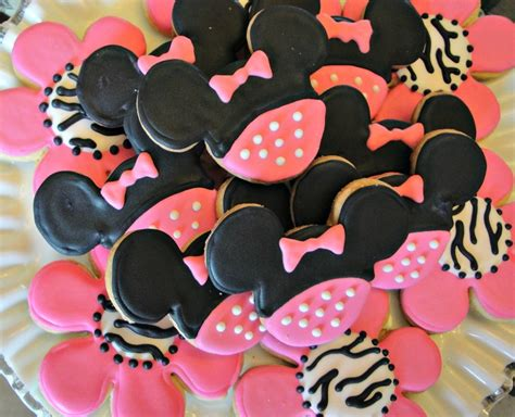 Minnie Mouse Birthday Giveaways - minnie mouse decorated sugar cookies birthday favors zebra cookies minnie mouse