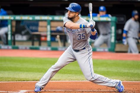 eric hosmer swing kansas city royals activate eric hosmer amid many moves espn
