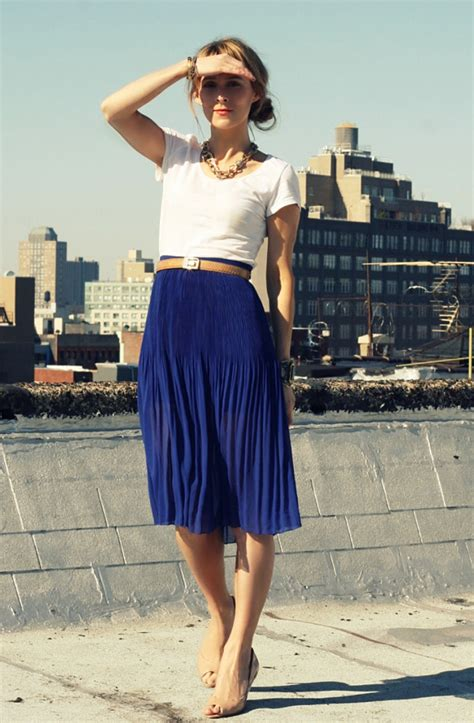 pleated blue skirt office workchic