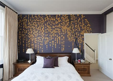 wallpaper schlafzimmer schlafzimmer tapeten lila goldene farbe natur muster