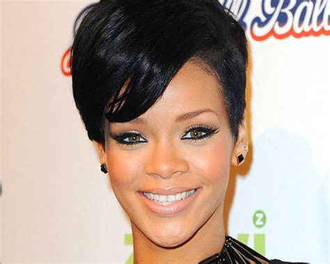 short hair styles in niaja get hairspired with these rihanna s short hairstyles