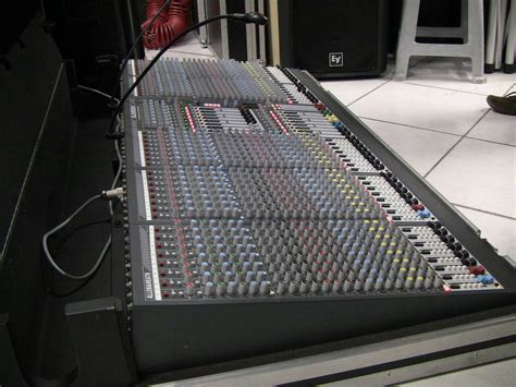 Mixer Allen Heath Gl2800 gl2800 live sound mixing console allen heath