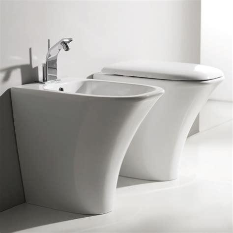 bagni e sanitari sanitari bagno a terra pavimento wc e bidet in coppia