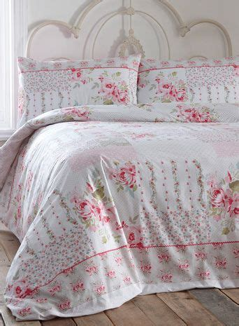 Vintage Bedspreads And Comforters by 25 Best Ideas About Vintage Bedding Set On