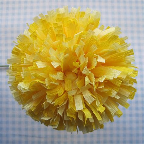 Flower Using Crepe Paper - 20 diy crepe paper flowers with tutorials guide patterns