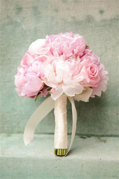 wedding flowers pink pink wedding bouquet invitesweddings