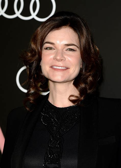 pictures of brandts braids 2014 betsy brandt pinned up ringlets betsy brandt hair looks