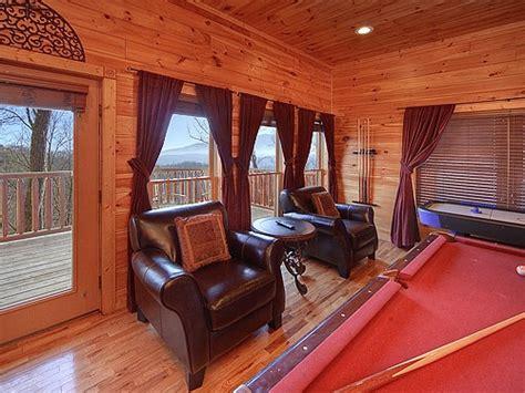 6 bedroom cabins in gatlinburg 13 best 6 bedroom cabins in gatlinburg images on pinterest cabin rentals books online and