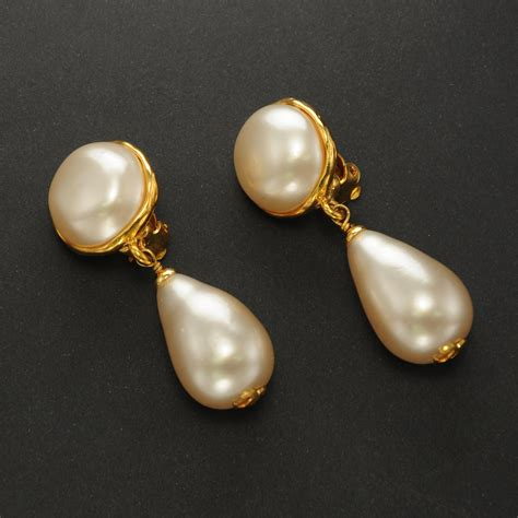 chanel vintage faux pearl gold plated clip on earrings ebay