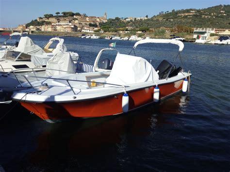 barche usate cabinate mako 21 barche usate a motore da pesca cabinate
