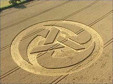figuras geometricas hechas por extraterrestres figuras en los cos de trigo