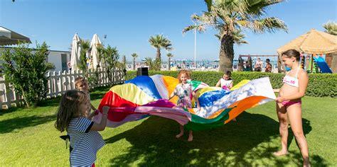 marche it famiglie family hotel sul mare per bambini nelle marche a san