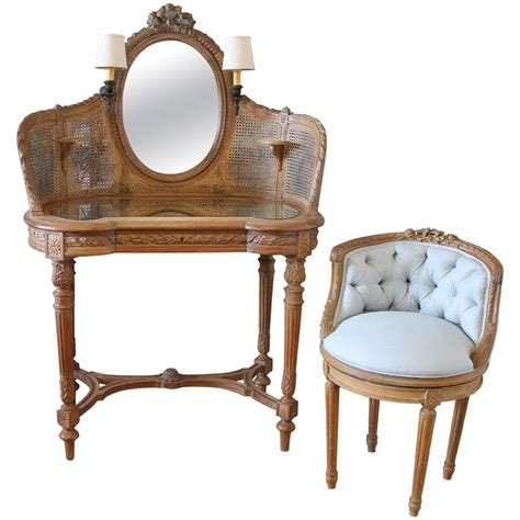 19th century antique walnut vanity and linen