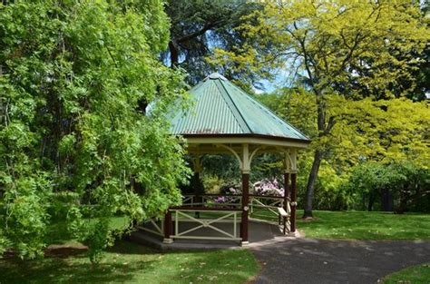 Wombat Hill Botanical Gardens Rotunda In The Gardens Picture Of Wombat Hill Botanical Gardens Daylesford Tripadvisor