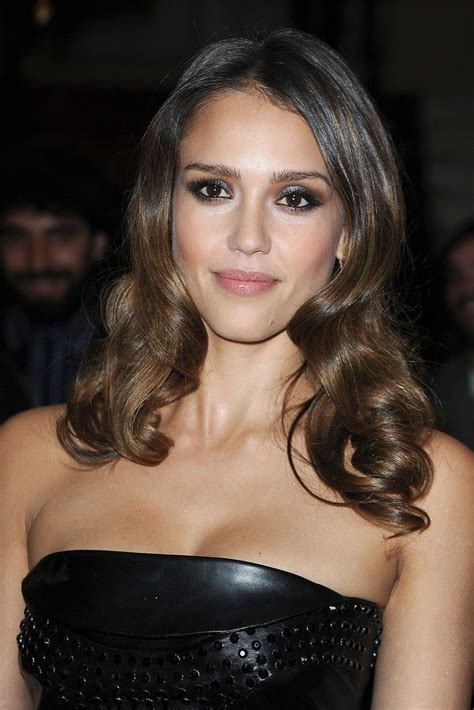 below the shoulder hairstyles 2014 shoulder length hairstyles for 2014