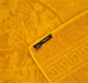 gold bath towels versace medusa gold towel set 6 pieces 2bath 2hand 2face