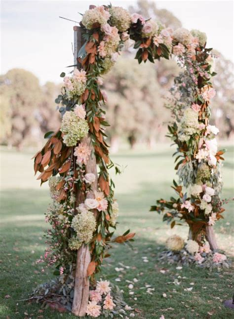 Wedding Arch With Flowers by 27 Fall Wedding Arches That Will Make You Say I Do