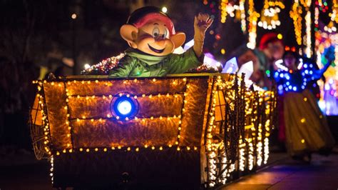 Disneyland Light Parade by Electrical Parade Returns To Disneyland With