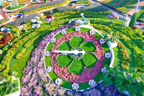 5 World Famous Flower Gardens And The Best Time To Visit Them Best Flower Garden In The World