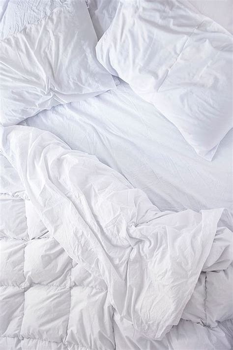 net on bed photography pinterest white bed sheets background more than10 ideas home cosiness
