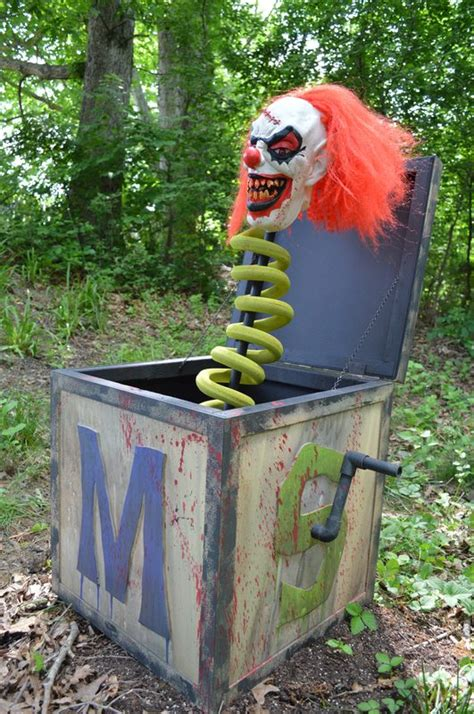 diy creepy halloween decorations 60 awesome outdoor halloween party ideas digsdigs