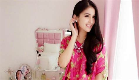 artis wanita terkaya di indonesia 2015 10 artis wanita tercantik di indonesia tahun 2015 2017