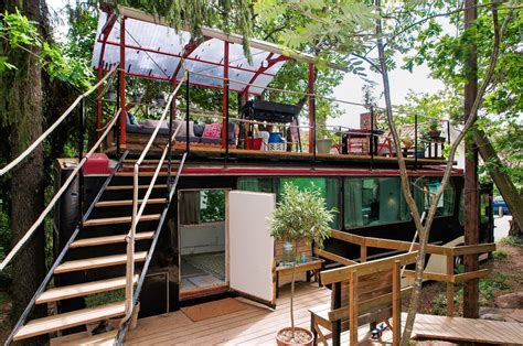 coolest airbnbs 10 really awesome airbnb places to rent in trendy