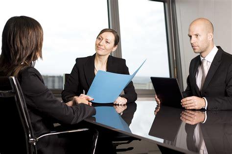 preguntas incomodas en una entrevista de trabajo c 243 mo superar una entrevista de trabajo eshob la voz de