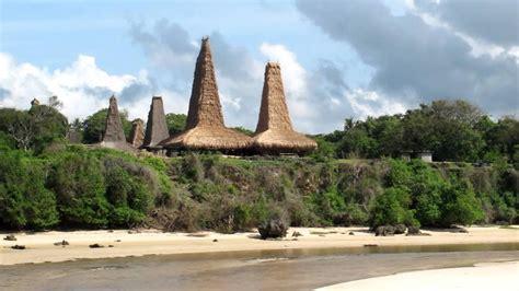 indonesian islands  visit    bali