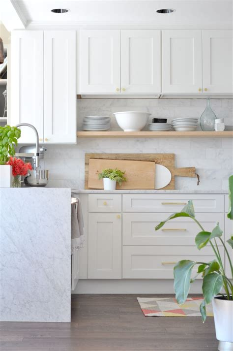 shaker style kitchen cabinets home cute shaker style white kitchen cabinets transitional