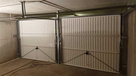 installer une porte de garage basculante pose porte de garage basculante hormann antibes 06