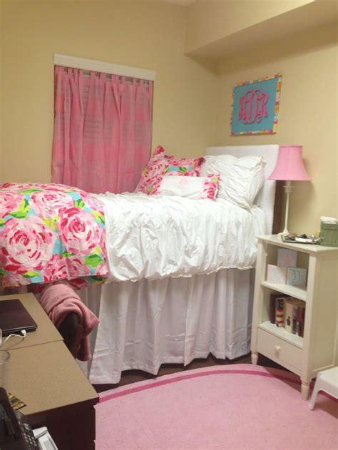 alabama bedroom decor 17 best images about dormmmmmm on pinterest colleges