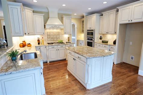white kitchen beige countertop 32 spectacular white kitchens with honey and light wood