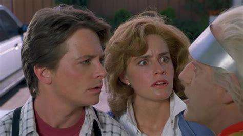elisabeth shue michael j fox fotos de la pel 237 cula regreso al futuro ii 1989 2 de 17