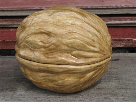 Kitchen Furniture Accessories big walnut without squirrel retro handmade ceramic