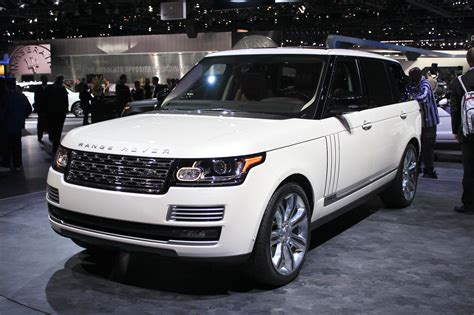 land rover range rover review ratings specs prices    car connection