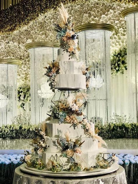 tiers wedding cake  lenovelle cake bridestorycom