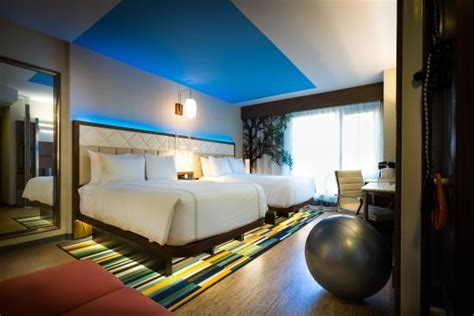 2 bedroom suites in new york city times square even hotel times square south new york city ny hotel