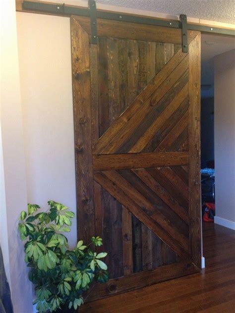 Pallet Barn Door Pallets Barndoor Pallet Ideas Bathroom Doors Design And Closet