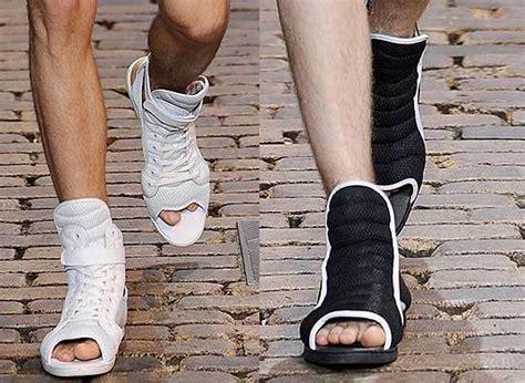 hybrid footwear toe less sneakers by kiroic for