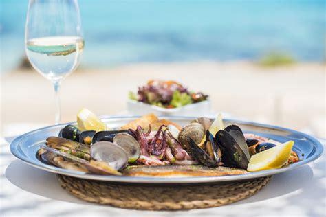 Calendar Island Mussels Grilled Seafood Shellfish At Atzar 243 White Ibiza