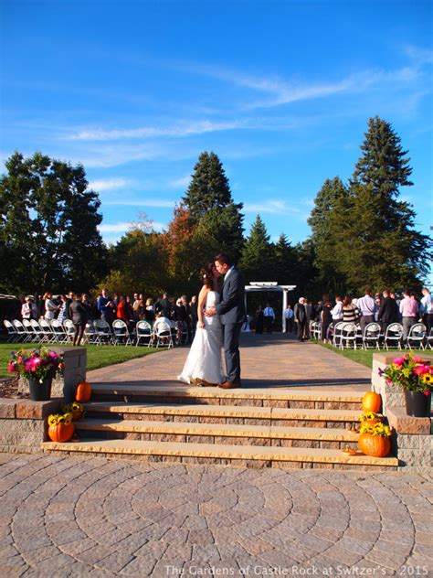 The Gardens Of Castle Rock Bright Beautiful Wedding Day The Gardens Of Castle Rock