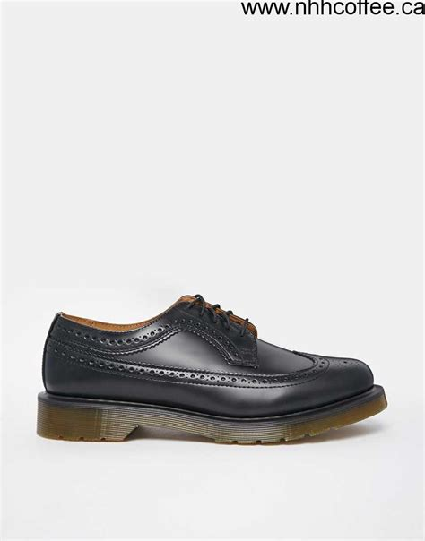dr martens mens boots clearance shoes clearance s dr martens 3989 wingtip