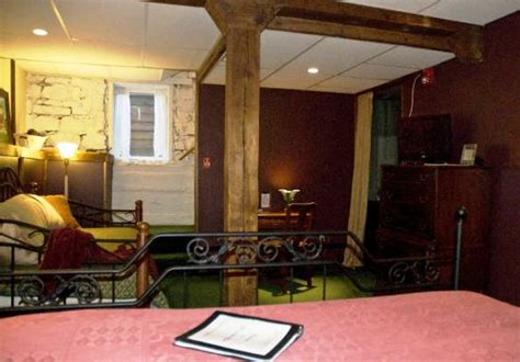 Whispering Pines Bed And Breakfast by