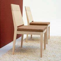 sillas minimalistas habitat design queretaro