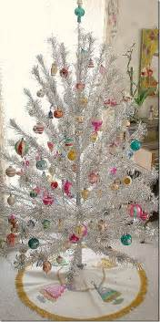 Tree Decorations Vintage by 50 Fantastic Vintage Tree Decorations To Provide