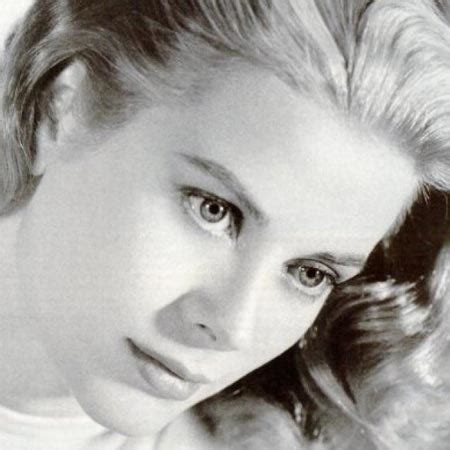 biography grace kelly book grace kelly good fight ministries