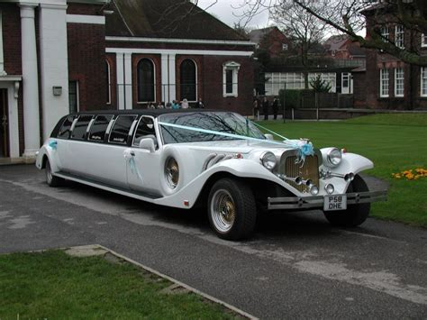 Wedding Limousine the luxuriousness of wedding limousine sang maestro