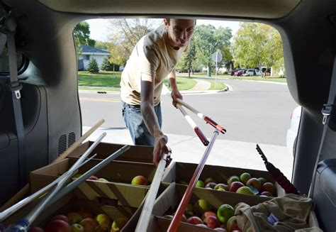 Keystone Food Shelf St Paul by Gleaners Collect Unharvested Produce To Help Feed Hungry